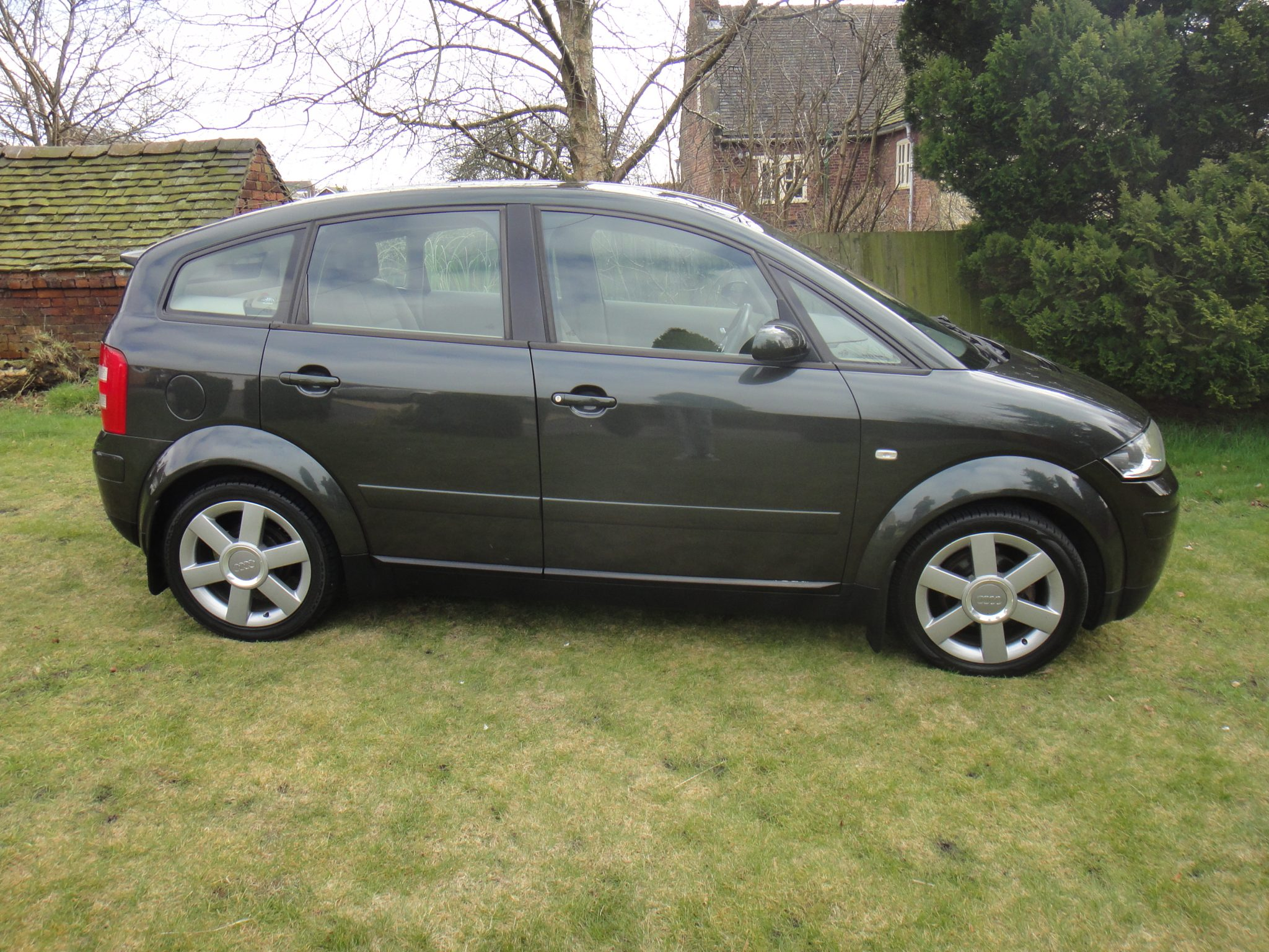 2002 audi a2 1 4 tdi se 5dr pine green 5 seater. Black Bedroom Furniture Sets. Home Design Ideas