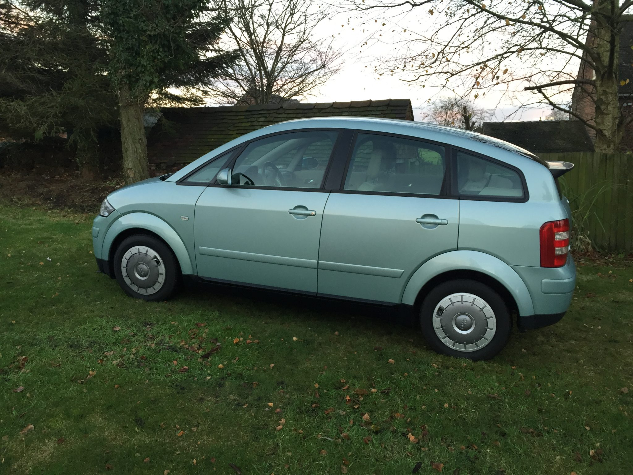 2001 audi a2 1 2 tdi auto island green 3l rare auto uk conversion belt done. Black Bedroom Furniture Sets. Home Design Ideas
