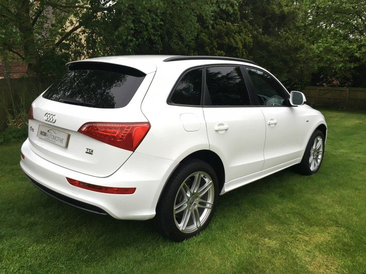 2011 11 audi q5 2 0tdi 170ps quattro s line 20 alloys white. Black Bedroom Furniture Sets. Home Design Ideas
