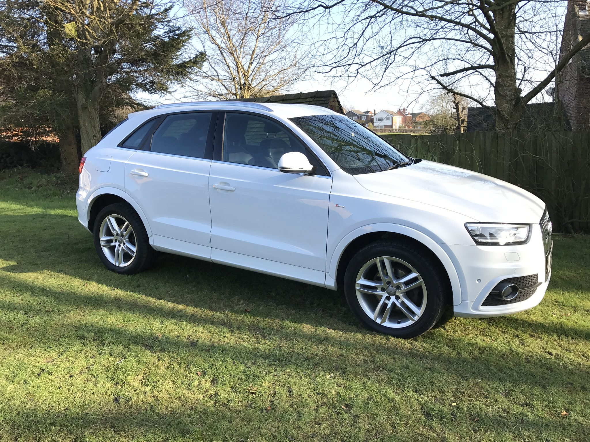 audi q3 s line 2 0 tdi quattro manual heated seats. Black Bedroom Furniture Sets. Home Design Ideas