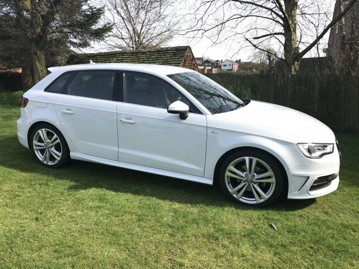 audi a3 s line 1 6 tdi manual 5dr sportback 1 owner sat nav. Black Bedroom Furniture Sets. Home Design Ideas
